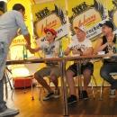 03-08-2012-molti-sportl-pichla-eigi-anni-autogrammstunde_06