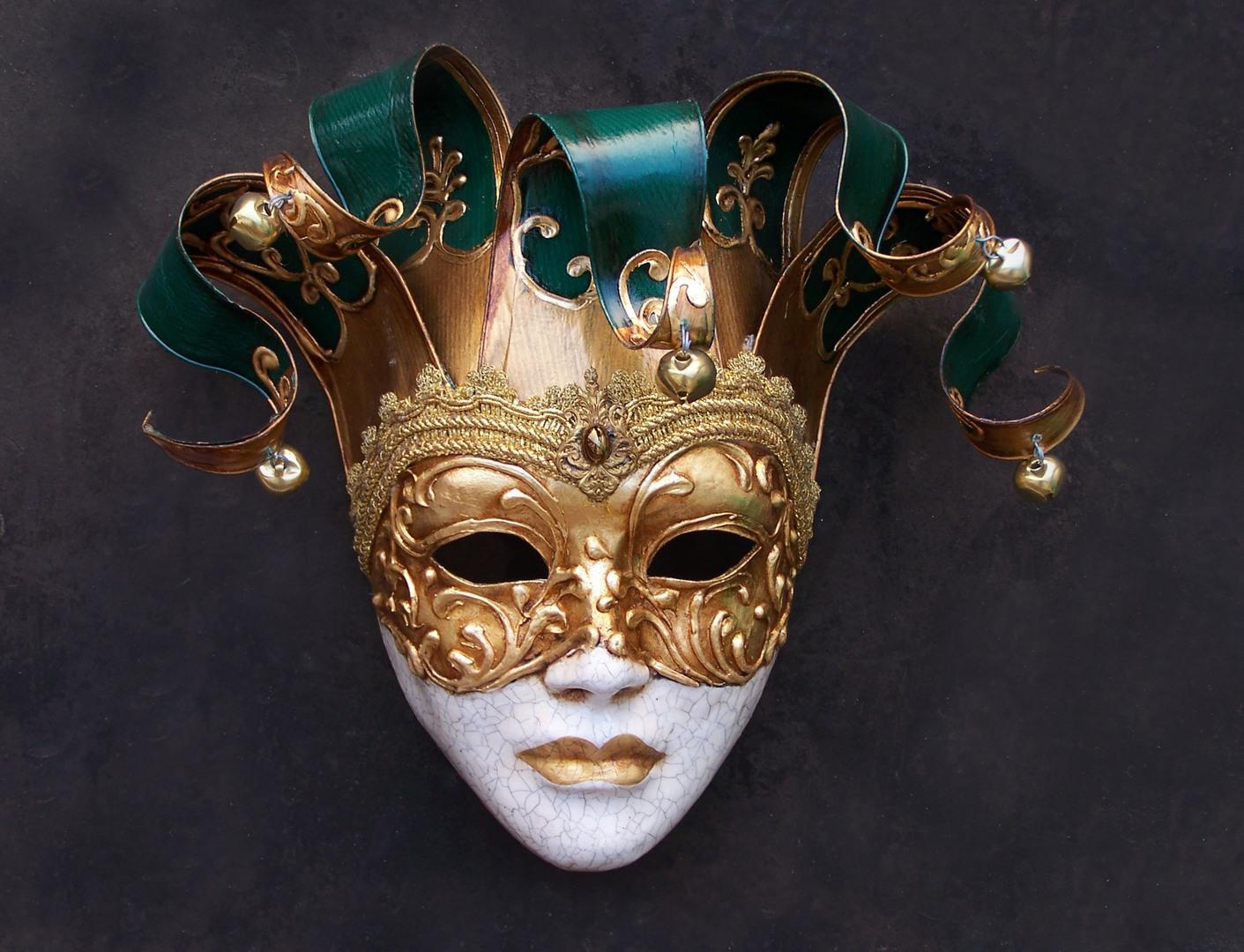 The White Masquerade | 27. Juli 2012