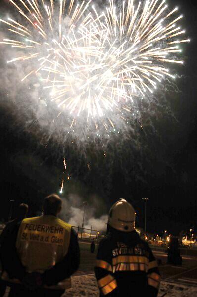 St.Veiter Wiesenmarkt 2012 mit Feuerwerk