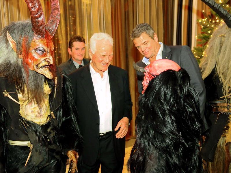 Adventfeier mit Frank Stronach im Casino Velden