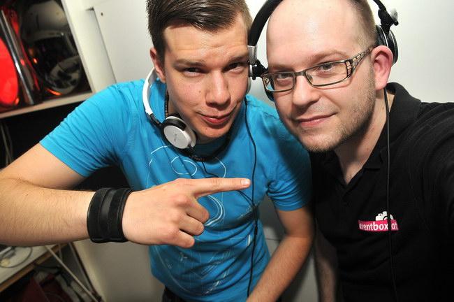 DJ WIN & DJ PIXXEL @ Bongos Club