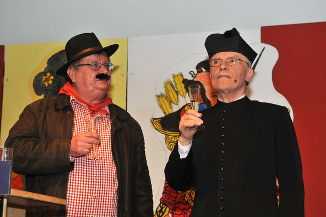 Faschingssitzung in Kühnsdorf mit Don Camillo und Peppone