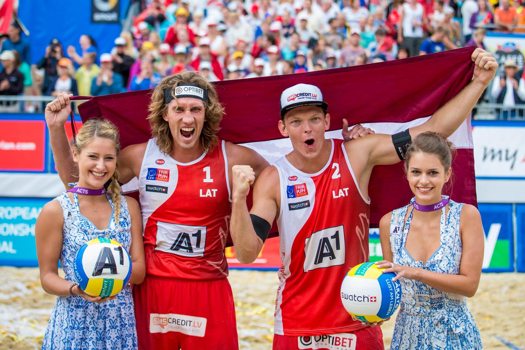Janis Smedins und sein Partner Aleksandrs Samoilovs (Martin Steinthaler / tinefoto.com)